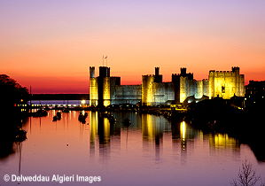 Photographs - Floodlit Caernarfon Castle