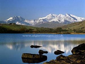 Free Wallpapers - Snowdon